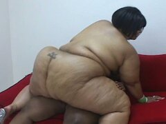 Lesbian bbws having fun on the couch
