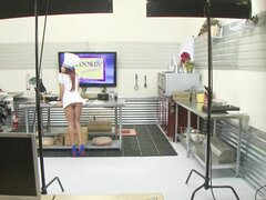 Brazzers - Madison Ivy know how to work her meat