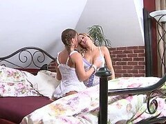 Nasty milf Silvia Saint makes lesbian love with Stacy Silver