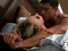 Fascinating blonde is about to pack her things, but she is stop and fucked by her lover