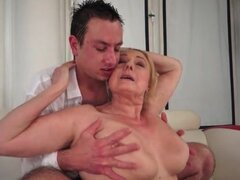 Big saggy mature tits fondled...