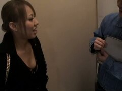 Amateur japanese brunette downblouse voyeur video