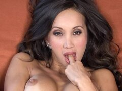 Gorgeous asian babe Katsuni are showing us her lovely boobies