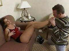 Hot girl works well for the sperm on her feet