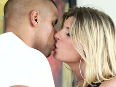 Blonde tranny kisses her man and goes down and slurps his pud