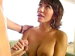 Horny MILF lady still can something to show to a young guy