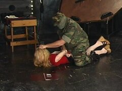 Blonde is showing off her pain-addiction