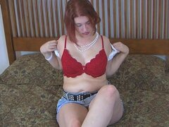 Chubby redhead Heather and her nice vagina