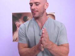 Brazzers - Lonely MILF gets the best massage she's ever had