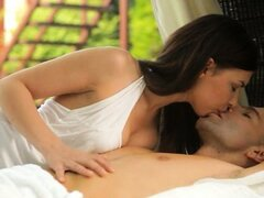 Brunette couple enjoy coitus on vacation