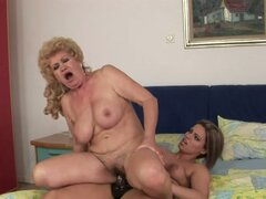 Lovely Teen Meets Effie and Fucks Her Old Pussy with a Strapon